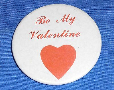 Tin Badge Pin 5.5 cm Button - Be My Valentine Love Heart Retro