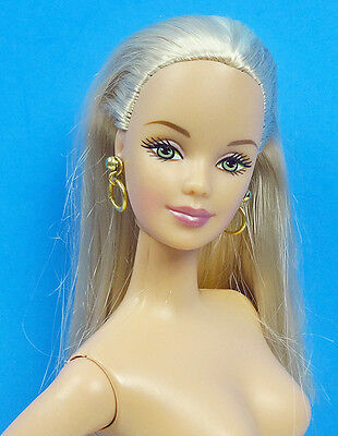 Barbie Platinum Blonde Green Eyes Summer In Rome City Seasons Nude Doll & Stand