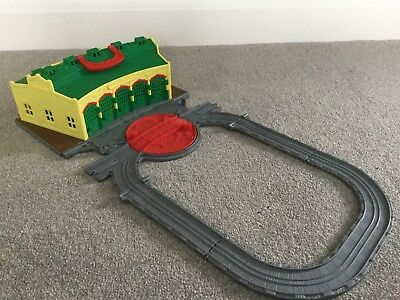 TIDMOUTH ROUNDHOUSE ENGINE SHEDS Thomas And Friends Take N' Play Take Along