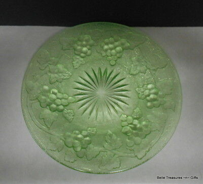 Uranium / Vaseline Glass Grapevine Pattern Decorative Plate Circa 1940's