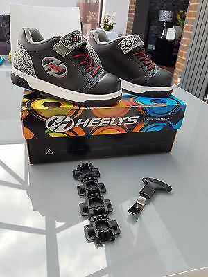 Heelys Dual up x2 uk size 11 children trainers skates with box grey black