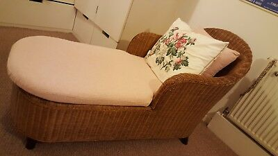 Wicker Chaise Lounge With New Beautiful Cotton Lining