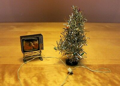Vintage Lundby Dolls House Furniture : 1978 : Christmas tree and TV