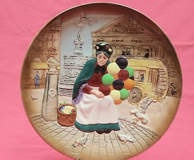 Royal Doulton The Old Balloon Seller Plate Wall Plaque D6649