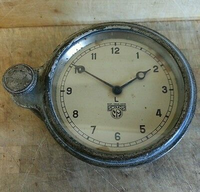Vintage SMITHS Classic Car Clock FULLY  WORKING Wind-up clockwork