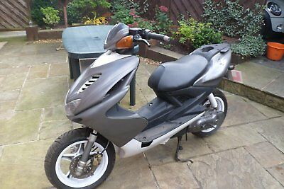 50cc moped scooter