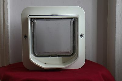 Sureflap Dual Scan Microchip Cat Flap, White, Used