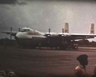 Standard 8 Cine ZAMBIA STATE OCCASION INDEPENDENCE? LOTS OF AIRCRAFT SCENES 15 m
