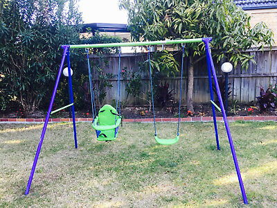 KIDS OUTDOOR SWING SET (In Excellent Condition & Very Sparingly Used !!!)