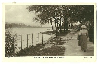 Cardiff - a photographic postcard of the Lake, Roath Park