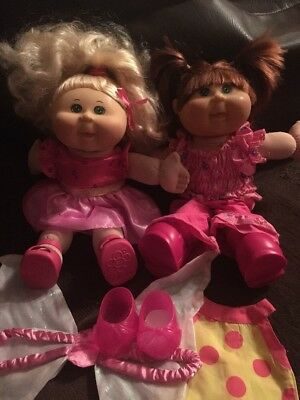cabbage patch dolls X2
