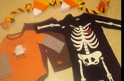 Mixed lot of boys 6-12 months baby boy Halloween outfits ( Carters and Old Navy)