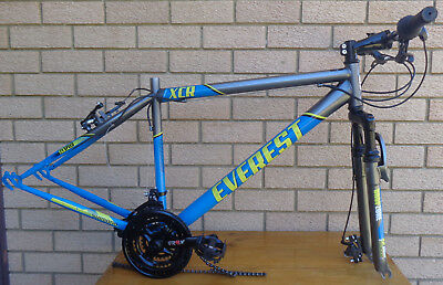 Everest Xcr Mountain Bike Frame, With Drop Zone Suspension.   Project
