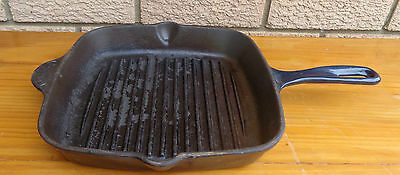 Vintage Crofton Cast Iron, Griddle Pan, In Good Condition