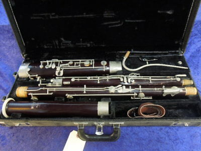 Bundy/ Lesher Wood Bassoon Plays Well but keys need to be polished ser# 10271