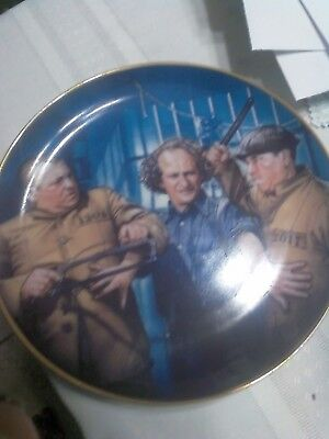 THE THREE STOOGES The Pros as Cons FRANKLIN MINT PLATE