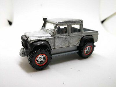 hot wheels Prototype 2018 15 LAND ROVER DEFENDER DOUBLE CAB ZAMAC - rubber tire1