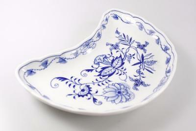 Vintage Meissen Onion Pattern Blue White Handpainted Dish