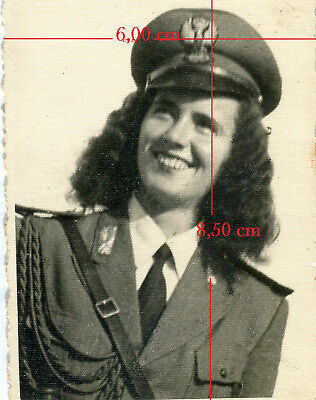 FOTO, originale, Polizia. Donna in uniforme