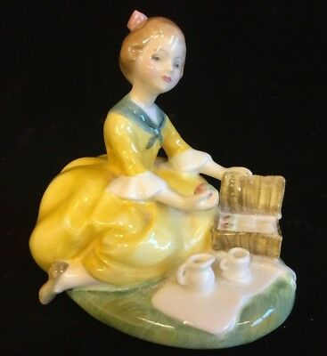 1st Quality Royal Doulton 'Picnic' Figurine HN2308 Issued 1965 Peggy Davies