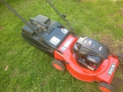 ROVER mower 4STROKE 500series  BRIGGS & STRATTON   JUST BEEN SERVICED