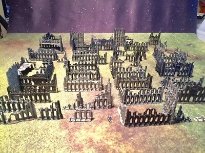 Warhammer - Epic 40k - OOP plastic ruins (an entire city's worth)