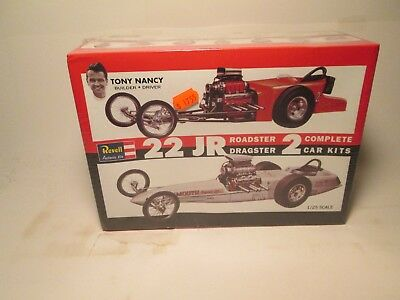 Revell 22 JR Raodster and Dragster 1/25 2 car's model kit