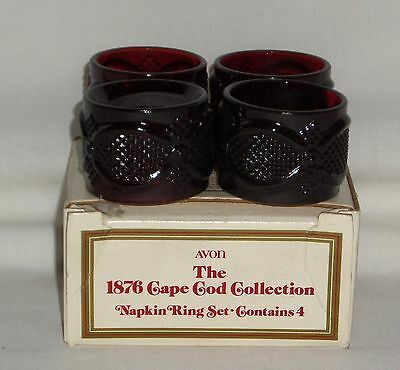 4 Avon CAPE COD RED *NAPKIN RINGS w/BOX*
