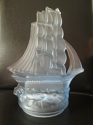 Art Deco Ship Centrepiece Walther & Sohne Frosted Glass Nelson Segelschiff