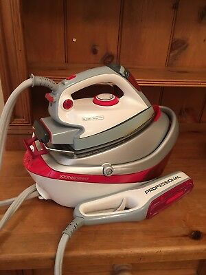 Hoover Professional/Domestic Ironspeed Steam Iron With Steam Brush