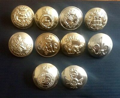 Assorted military staybrite buttons (10).