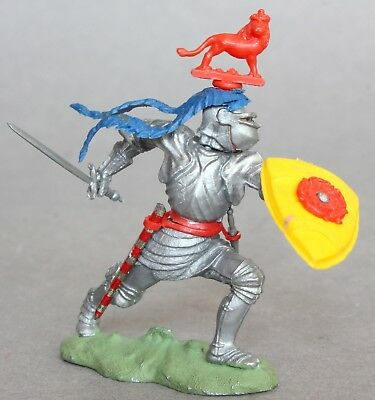 Britains 1/32 Scale Plastic Swoppets Knight With Sword Figure