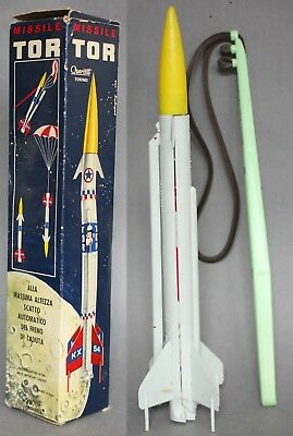 Quercetti Boxed Plastic Catapult Launched Tor Missile