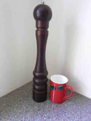 """VERY LARGE RESTAURANT SIZE 16"""" (40cm) DARK WOOD PEPPER MILL BY COLE & MASON"""