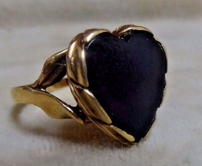 Antique Victorian 10k Yellow Gold Ladies Heart Ring w/ Textured Onyx.  Size 7