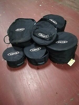 """Set of Mapex soft cases 10,12,14,22"""" and snare. Barely used + extra"""