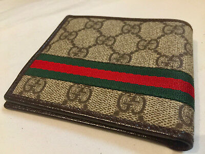 Vintage Stamped Gucci/Italy Men's Wallet in Very Good Condition/ well-made.