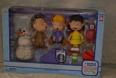 New! In Box! Charlie Brown Christmas Peanuts Collection 3 Figure Set
