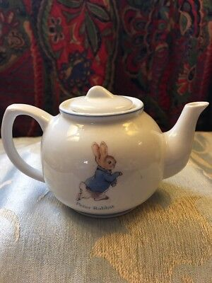Vintage Beatrix Potter Collectable teapot - Peter Rabbit Miniature Original