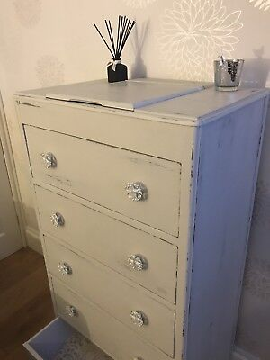 Dressing table Commode