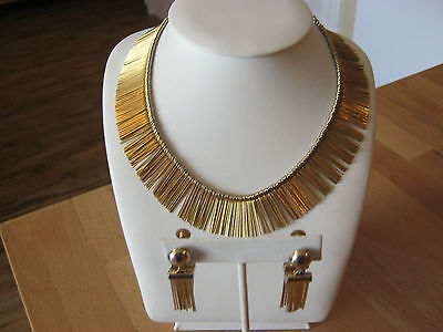 "Coro vintage unusual necklace & screw on earrings set, goldtone ""pins"" bib"