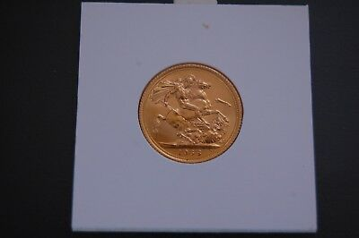 Full Gold Sovereign Coin 1968 Queen Elizabeth II Young Head 22crt