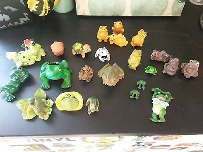 Vintage Set of TOAD FROG & TURTLE  Figures .japan korea mexico