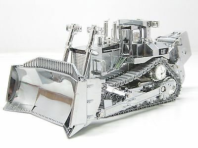 CATERPILLAR D11T DOZER - SILVER - Limited Edition  1:50 Scale  #55298