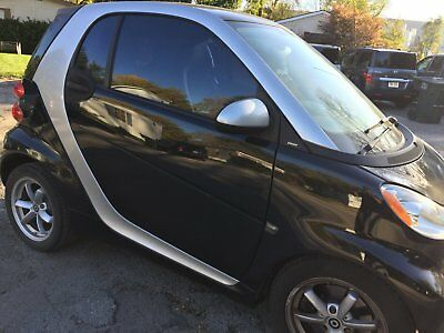2011 Smart Fortwo 2D COUPE 2011 SMART ForTwo Coupe Passion, Low miles: 20,800, Black/Silver,