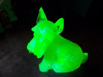 Citrine Slag Uranium Vaseline Art Glass Scottie Boyd Dog