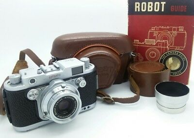 Vintage German ROBOT ROYAL 36 film camera w/45mm Lens -Beautiful collectable!!!