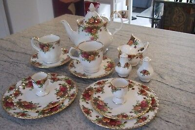 royal albert old country roses 19 Pieces Breakfast Set