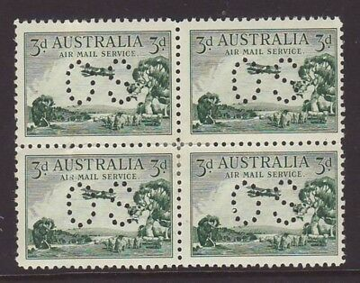 """1929 3d Green Airmail Type """"A"""" Block of 4 perforated OS Fine MLH"""