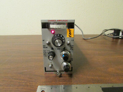 Unholtz-Dickie Model D22 Charge Amplifier Series For Strain Gauge
